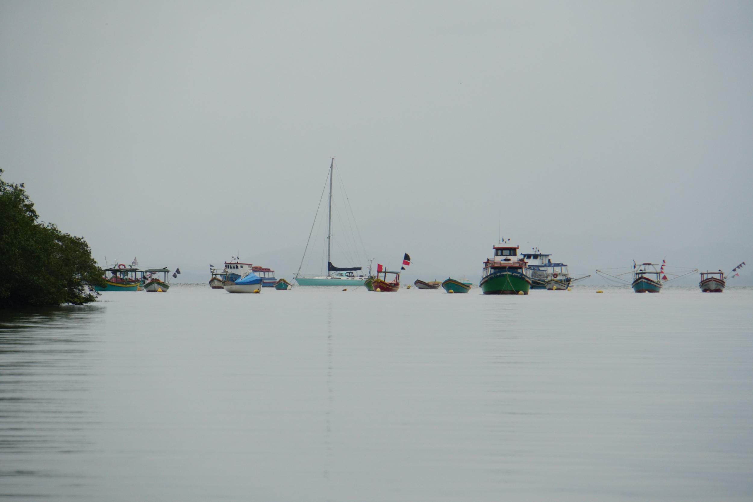 54. Fishing village, Ilha Dp Mel