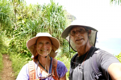 20.-Hiking-the-first-part-of-the-Kalalau-trail-doesnt-require-a-permit