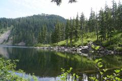 13.-Lake-hike