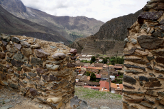 7.-View-of-some-of-the-ruins-in-Ollantaytambo