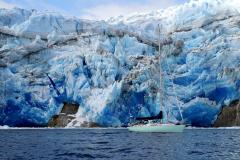 14.-Pazzo-in-front-of-Seno-Iceberg