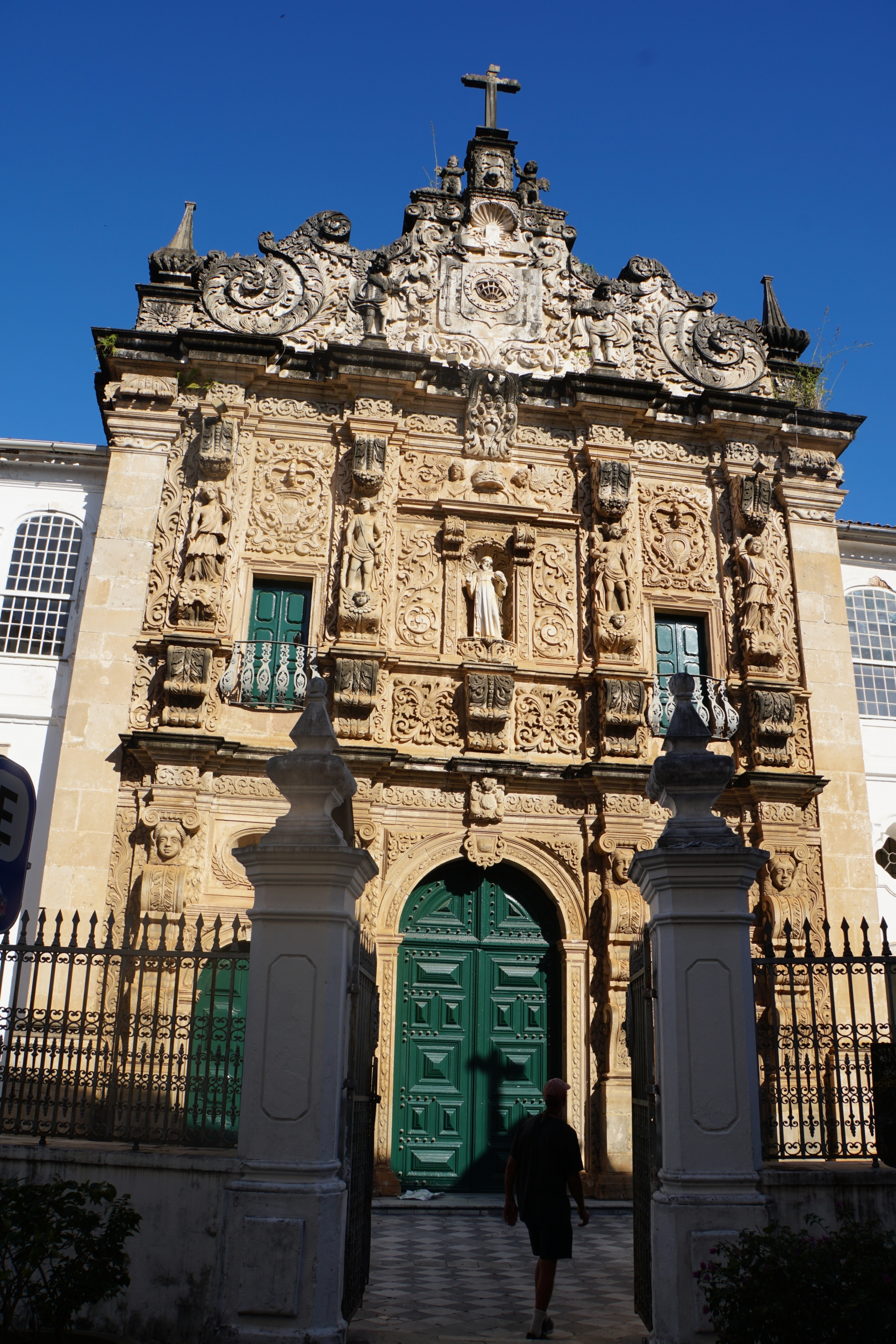 25. Salvador has a different church for every day of the year