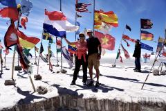 24.-World-flags-at-Salar-de-Uyuno